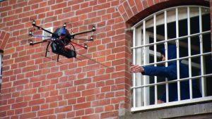 Drohnen Außer Kontrolle - Drohne Außer Kontrolle